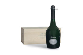 "The anniversary champagne ""Les Réserves Grand Siècle"" is just as exclusive as a date with your VIP escort lady."