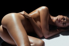 The angelic face of your VIP escort model will mesmerize you - in a very pleasant way.