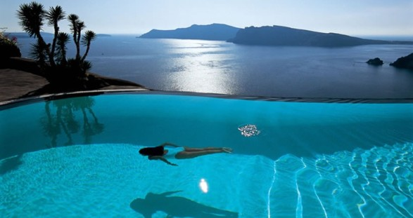 Escape the stress of everyday life - with a pretty escort lady on Santorini, truly wonderful ...