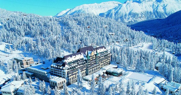 The luxury ski resort St. Moritz and VIP escort models – a sensual symbiosis for the perfect winter vacation.