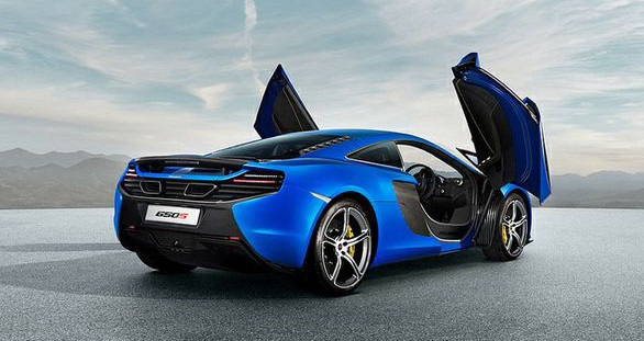 The new McLaren 650 S and our stunning escort models