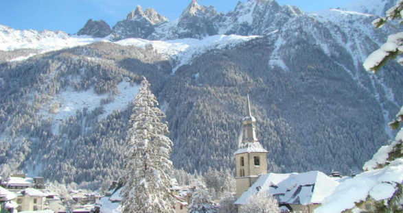 Erotic winter vacation in Chamonix with VIP escort service