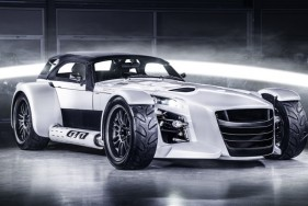 VIP escort in the Donkervoort D8 GTO