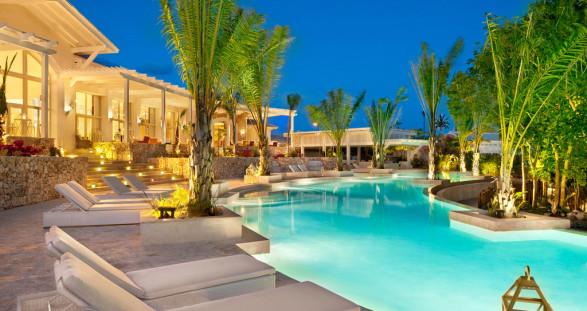 Relax! Eden Roc at Cap Cana & VIP escort service