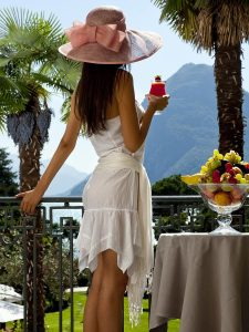 Escort Girl on Lake Garda