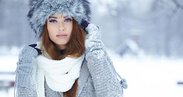 Escort lady on the snow