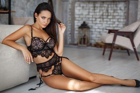 Escort Girl in lingerie at a hotel in Verbier