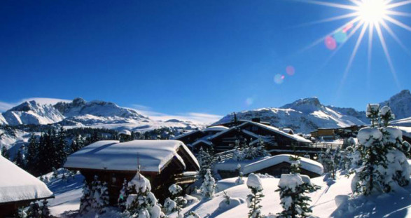 The three components of a luxury winter vacation: Courchevel, our VIP escort service and the Hotel Manali.