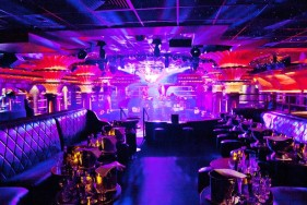 With five-star escorts in St. Tropez's coolest hotel & club