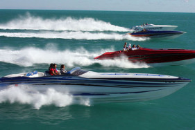 The Miami Boat Show Poker Run offers the ideal setting for a hot escort service!