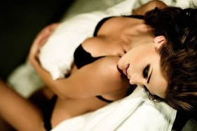 Your hot escort girl will take you into erotic worlds ...